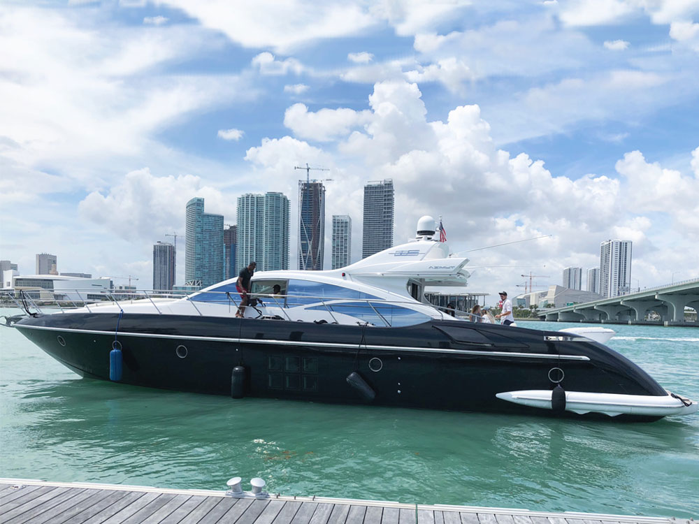 Yacht Charters of Miami. Yacht Charters in Miami. 68' Azimut S